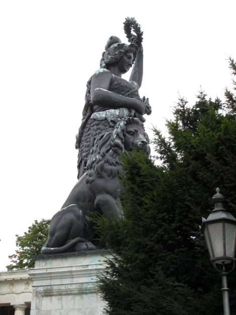Bavaria and her lion